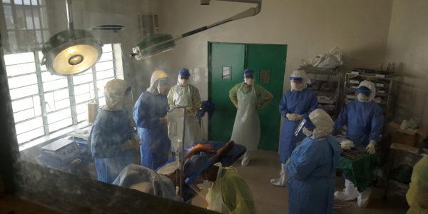 Jurre van Kesteren tijdens de Ebola crisis in Sierre Leone, 2014